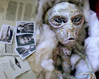 http://punzjrs24.files.wordpress.com/2010/06/makhluk-alien.jpg